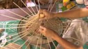 How They Make Beautiful Paper Umbrellas