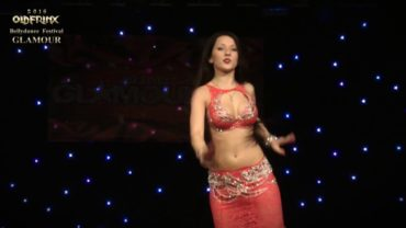 Yana Kruppa Rocks The Glamour Belly Dance Party