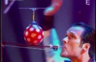 World Balance Champion Balances A Ballon On Violin