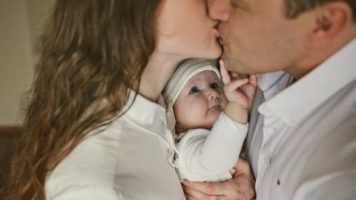 Babies Get Jealous When Mom Kisses Dad